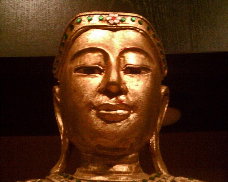 """20"""" Gilded Mirror Jeweled Mango Wood Mandaly Style Sukhothai Thai Buddha Ca 1950"""