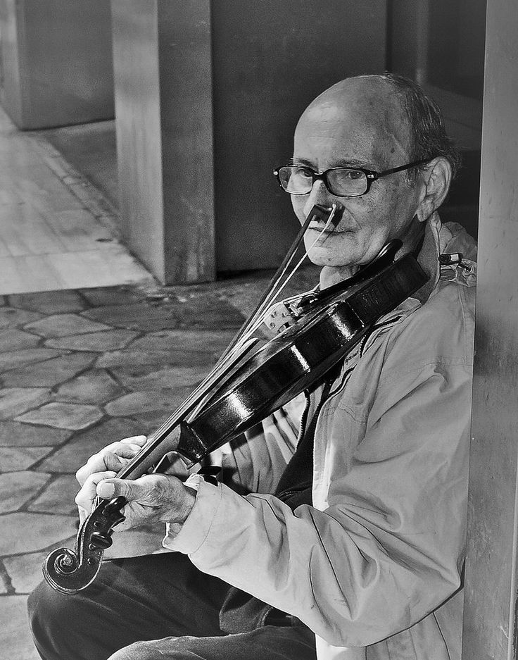 "https://flic.kr/p/H7ZbJx | ""Ero così distratto, amore mio, quando ti ho morso il cuore"" De Gregori 