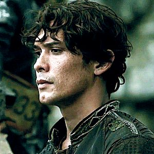 WHEN BELLAMY STARTS TO REALIZE OCTAVIA IS NOT DEAD