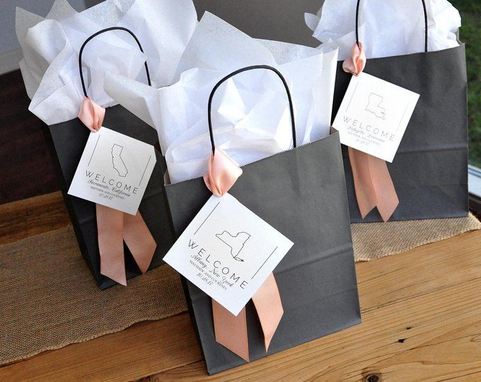 Gift Bags For Wedding Guests Large Kraft Paper Bags With Etsy In 2020 Welcome Bags Wedding Gift Bags Wedding Welcome Bags