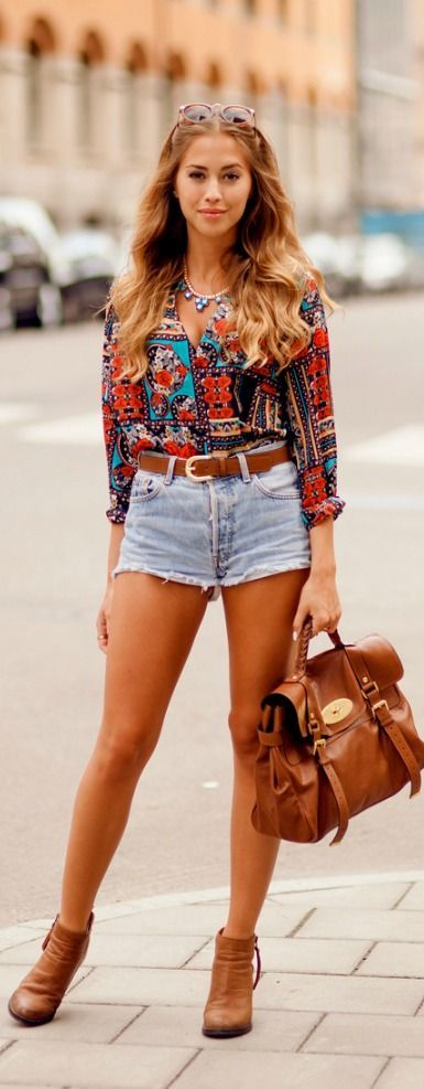High waisted shorts and printed button up. Spring Street style