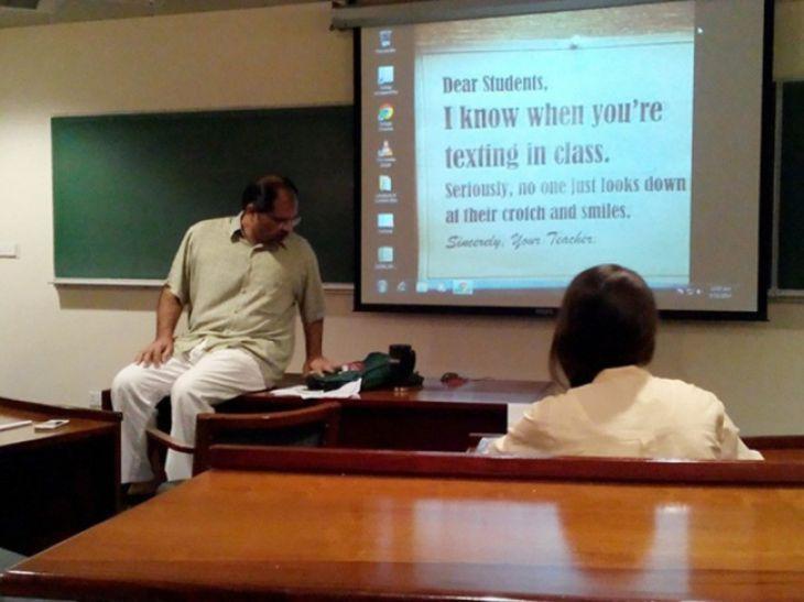 Je kunt niet spieken bij deze leraar. Geen kans., De 15 Beste Leraren Ter Wereld - (Page 16)