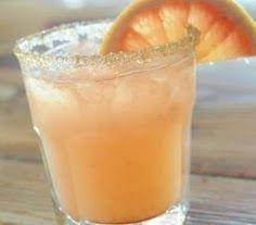 BAD BOYS  Tipologia: Cocktail alcolico  RICETTA 4/5 cubetti di ghiaccio 1/4 di vodka 3/4 di Grand Marnier 1 parte di succo d'arancia sprite  PREPARAZIONE Versare in un tumbler alto 4/5 cubetti di ghiaccio, 1/4 di vodka, 3/4 di Grand Marnier, 1 parte di succo d'arancia e mescolare delicatamente. Completare versando la Sprite. Decorare con una fetta di arancia