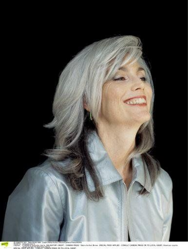 viac ne 1000 n padov ocheveux gris femme na pintereste coiffure femme 60 ans femme 50 ans a. Black Bedroom Furniture Sets. Home Design Ideas