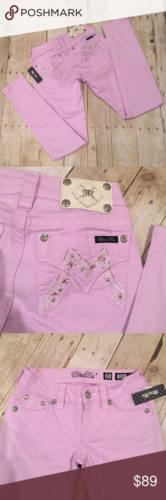 Miss Me signature skinny 25/31 NWT lavender Miss Me NWT 25/31 flap pocket with white stitching and rhinestone NWT signature skinny in lavender Jeans Skinny