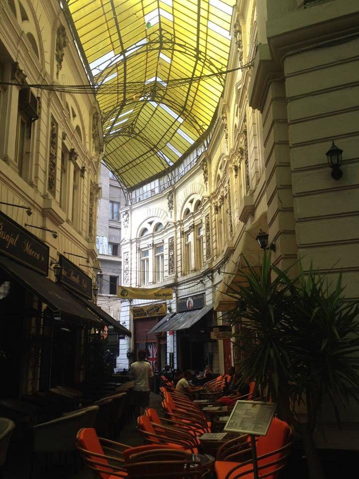 Bukarest, Macca-Vilacrosse Passage. #maccavilacrosse #bukarest #street #romania