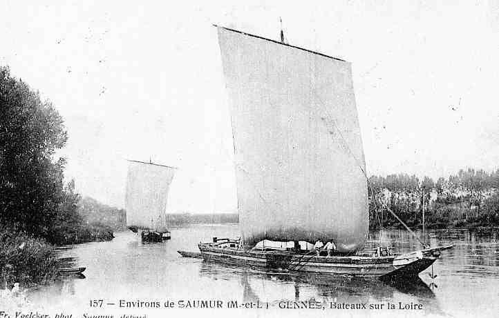 Gabares devant Gennes, grandes, qui remontent le fleuve à vide, apparemment avec difficulté; l'ancre, à l'avant, est prête à être lancée, afin d'éviter un recul dans le sens du courant.