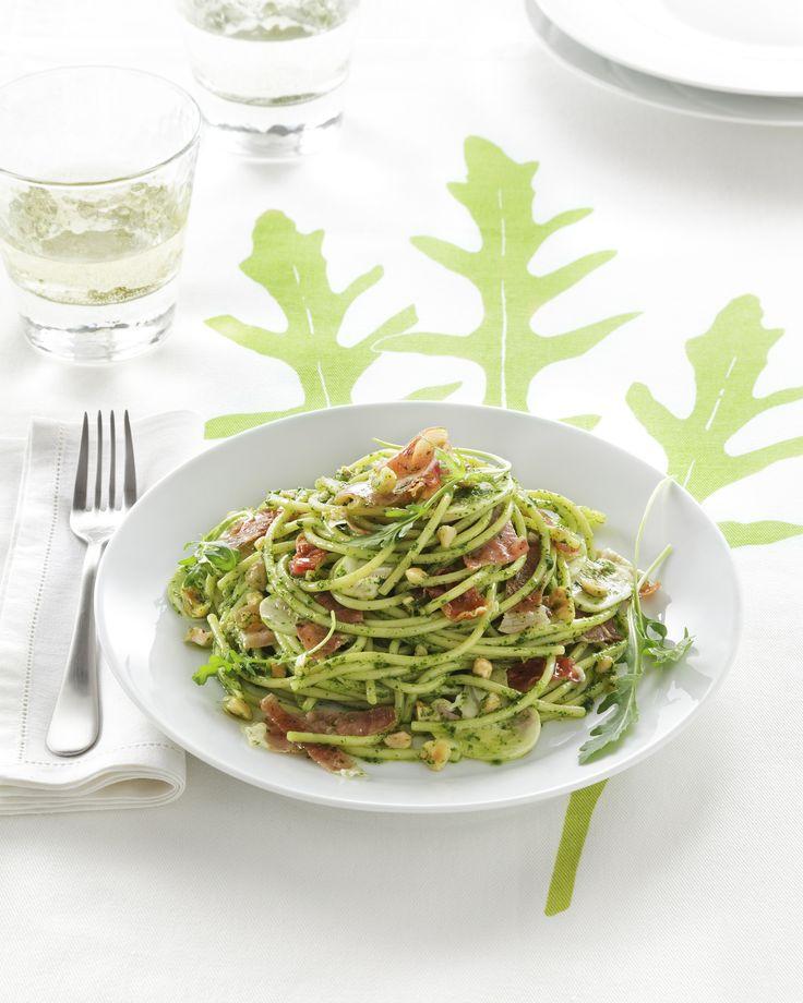 Cerchi delle nuove ricette veloci per preparare la pasta? Scegli fra le proposte di Sale&Pepe e sarà un successo assicurato.