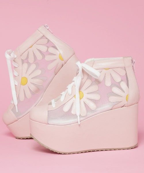 Daisy platforms! Super adorable, unsure in the extreme platform tho.