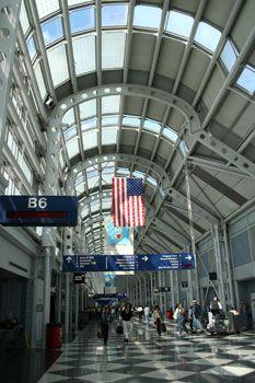 シカゴの空の玄関、シカゴ空港。あの映画「ホーム・アローン」にも出てきた。シカゴ 旅行・観光のおすすめスポット!