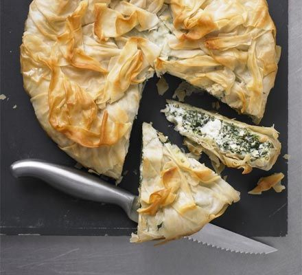 Spinach & ricotta pie. Only 6 ww pro points and yummy.  Whole family enjoyed it.  Only served 4 people though.