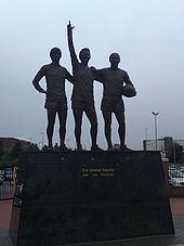 Old Trafford - Wikipedia, the free encyclopedia