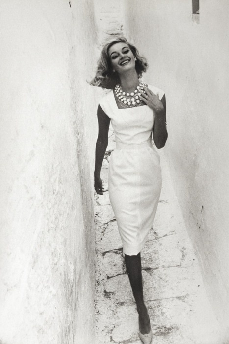 Advertisement for Courtaulds, Mykonos, Greece, 1961Photographer: Norman Parkinson Model: Gunhilda
