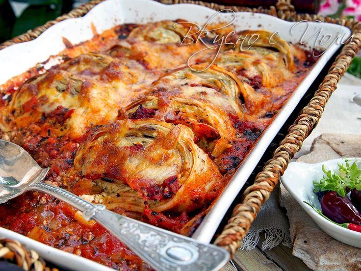 Палачинкови рула в доматен сос