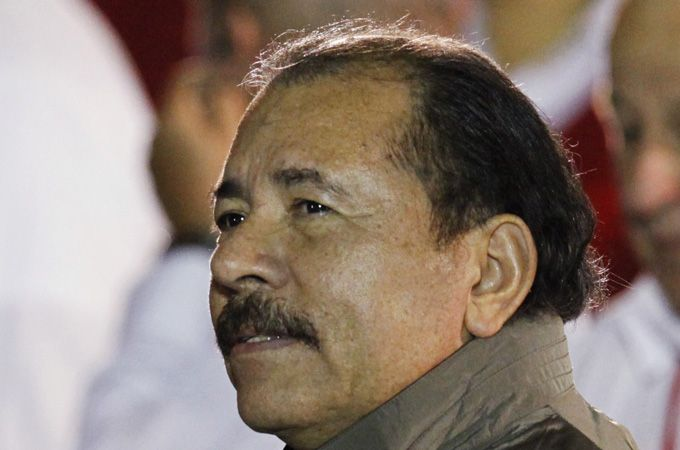 """Nicaragua scraps presidential term limits - """"Nicaragua's national assembly has voted to scrap presidential term limits, which could allow socialist President Daniel Ortega to remain in power indefinitely."""""""