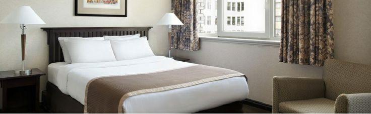 Ramada Limited Vancouver - Queen Room.