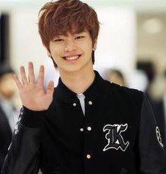 Yook-Sung-Jae-06