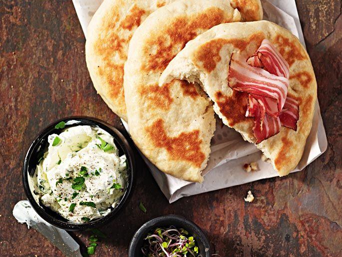 Bannock con formaggio fresco e pancetta