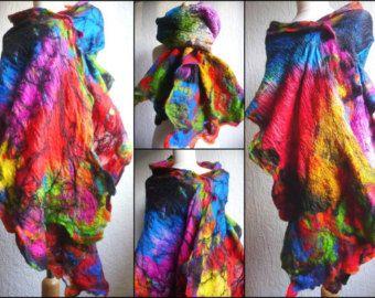 zijden sjaal, nuno vilten sjaal, omslagdoek, handgemaakte, Gevilte wol, regenboog kleuren, merinoswol, lagenlook, MADE TO ORDER