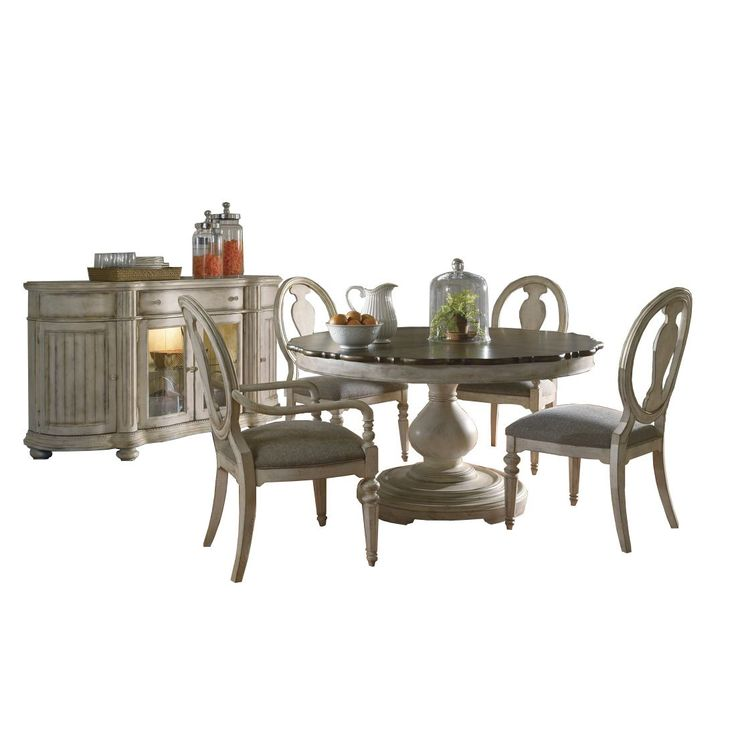 A.R.T. Furniture Belmar II Round Dining Table Set