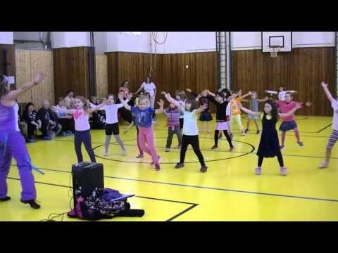 """ZUMBA Kids - """"El Baile Del Gorila"""" - YouTube"""