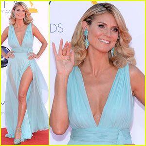Las piernas de las que todos hablan, las de Heidi Klum - Emmys 2012 Red Carpet. hermosa!!!Emmy Red, Emmy Awards, Heidi Emmy, Red Carpets, Heidi Klum, Mint Gowns, Emmy 2012, Klum Birthday, Blue Gowns