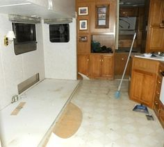 Great site with RV remodeling, pics, how-to videos. Worth pinning!
