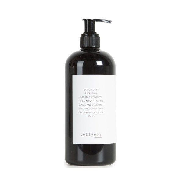 tt naturligt balsam son inte innehåller silikoner eller andra svårnedbrytbara ämnen. Innehåller solrosolja, vitamin B och trollhassel. Solrosolja är återfuktande och närande, trollhassel lugnande och mjukgörande. Vitamin B hjälper håret att förbli starkt, friskt och glänsande och stimulerar också tillväxten av hår. Doftar fräsch av grön citron och bergamott.