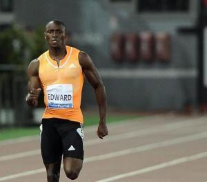 El panameño Alonso Edward, gana el oro en los 200 metros, con su mejor registro del año (19.84 segundos),  en Lausana.