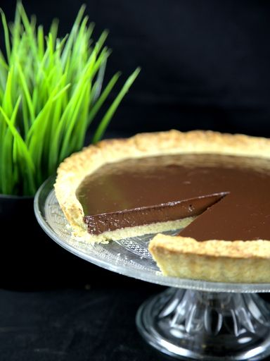 Tarte au chocolat noir : Recette de Tarte au chocolat noir - Marmiton