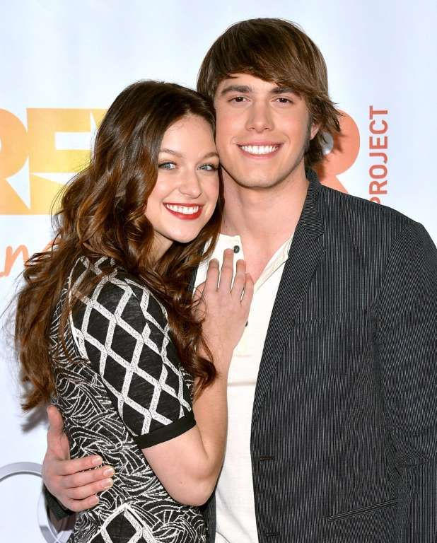 Hottest Couples Who Fell In Love On Set Blake Jenner And Melissa Benoist Ballad Duets And Flashy Music Blake Jenner Melissa Benoist Blake Jenner Hot Couples