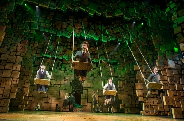 First Look at Bertie Carvel & More in MATILDA on Broadway