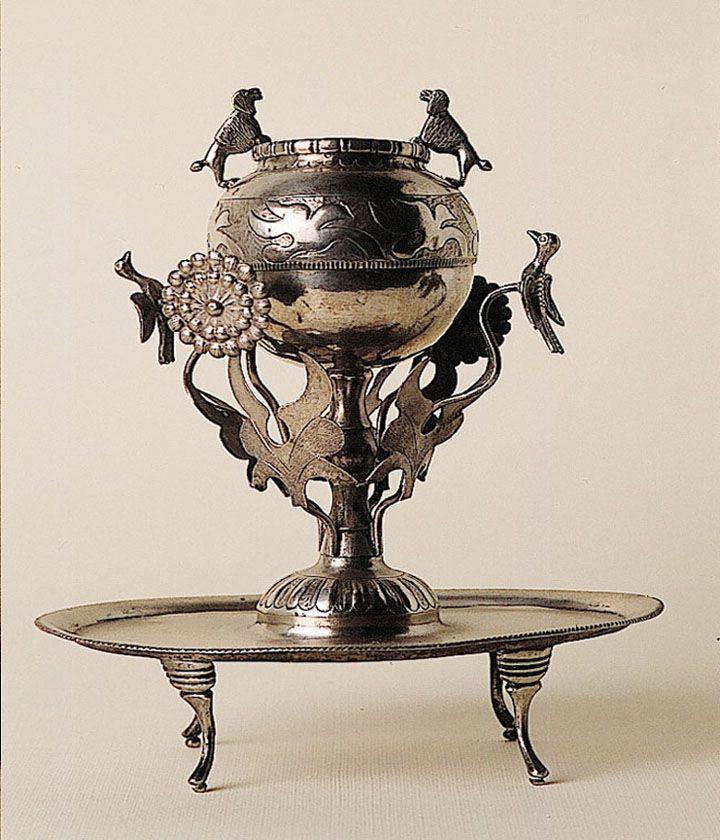 Mate de plata,  Colección Museo de Artes Decorativas