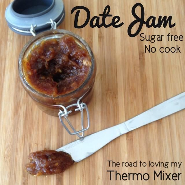 Date Jam Ingredients 100g dried pitted dates 100g boiling water A sprinkle of cinnamon or half a teaspoon of vanilla beans, optional