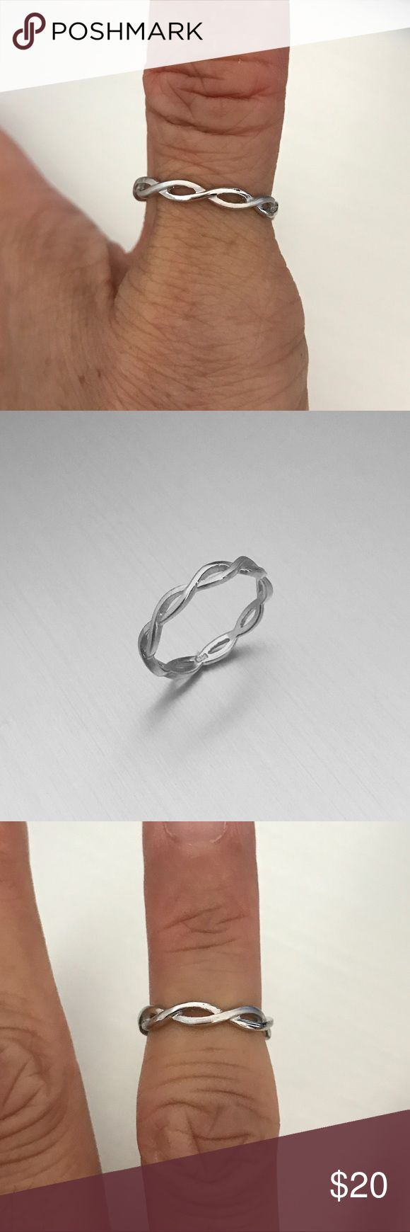 Sterling Silver Infinity Eternity Ring Sterling Silver Infinity Eternity Ring 💍 Toe Ring 💍 Midi Ring 💍 Pinky Ring 💍 Index Ring 💍 Thumb Ring 💍 Stackable Ring 💍 925 Sterling Silver 💍 Band Width 3 mm Jewelry Rings