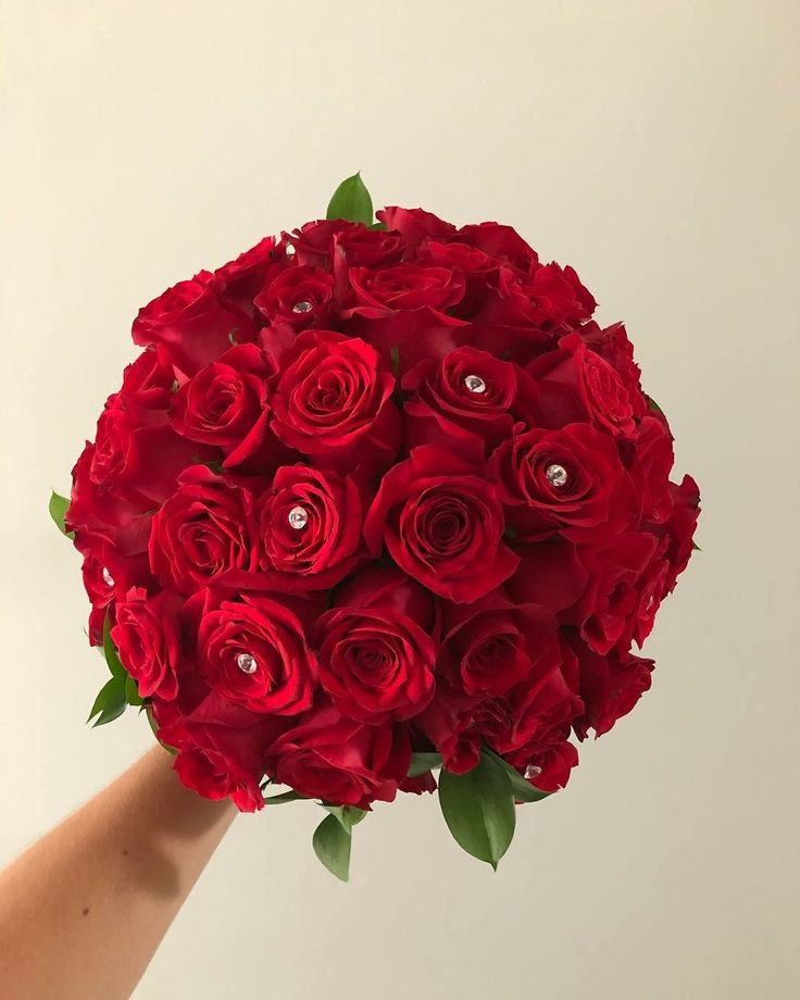 CBR486 wedding Riviera Maya red roses bouquet/ ramo de rosas rojas
