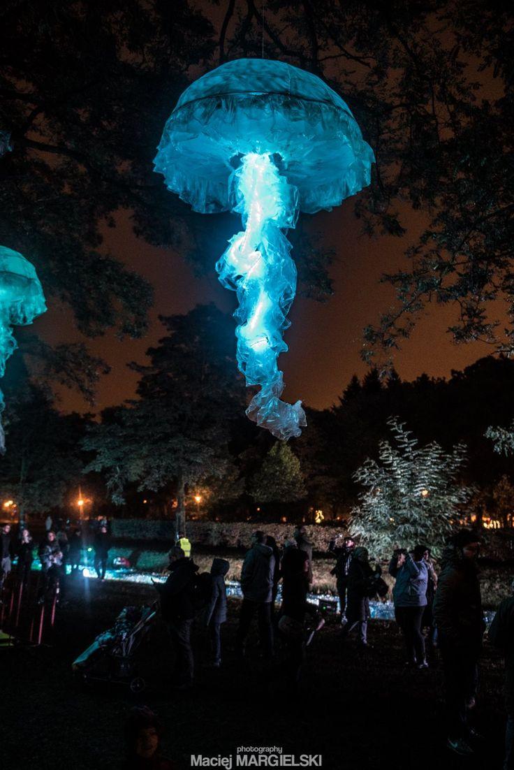 Jellyfish - light installation Light Move Festival 2016 Magdalena Radziszewska Łódź | Poland