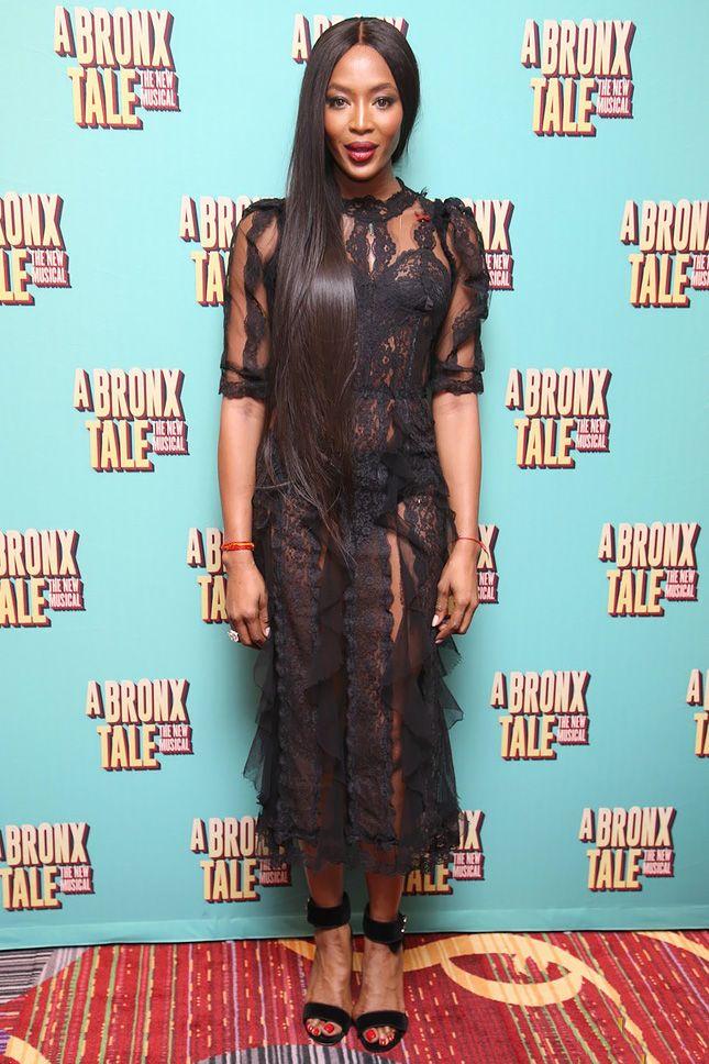 Наоми Кэмпбелл в Dolce & Gabbana на премьере мьюзикла «Бронкская история» в Нью-Йорке