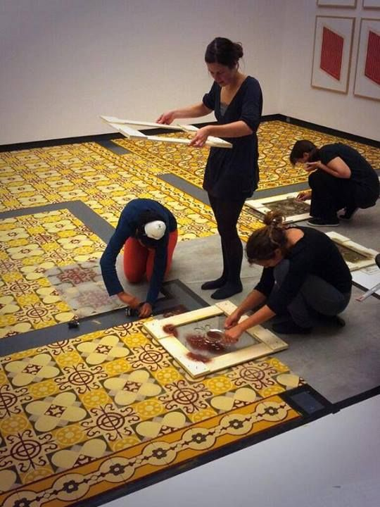 It smells delicious in the Van Abbemuseum these days! French artist Laurent Mareschal just finished the tiles made of kurkuma, ginger, za'atar, sumac and white pepper. Come and smell it for yourself from this Saturday onwards, as part of the collection show 'Once Upon a Time... The Collection Now