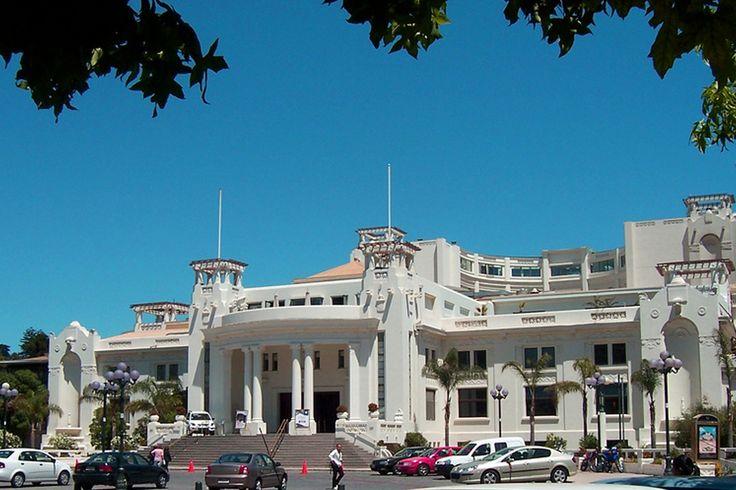 El casino de Viña del Mar es muy conocido en la zona, este posee el estilo Art Deco en su infraestructura. www.finisnova.com