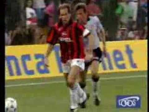 FRANCO BARESI (Italy) (Sweeper) (1977-1997 Milan)