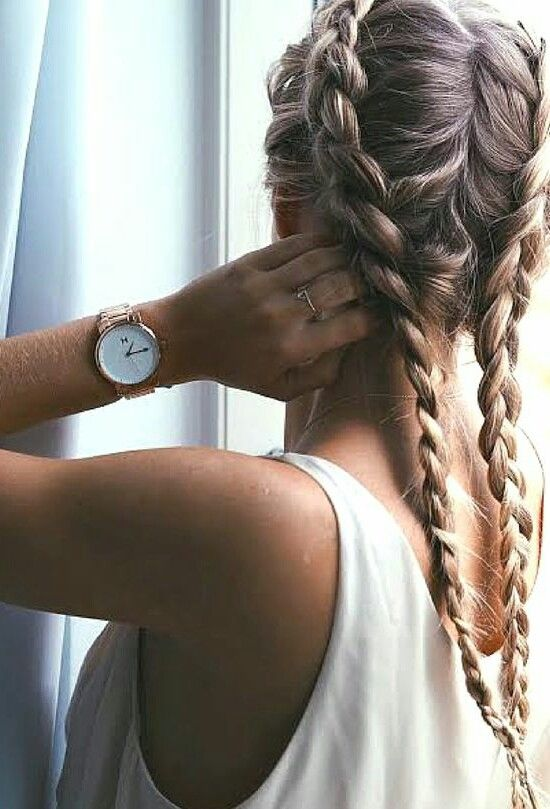 double dutch braid- i swear to all the beauty gods I'm going to figure out how to do this