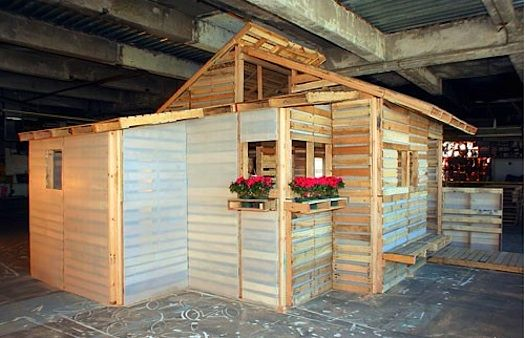 Shipping Pallet House by I-Beam Yesterday, a reader alerted us to the possible dangers of wooden shipping pallets, especially found ones that are so great