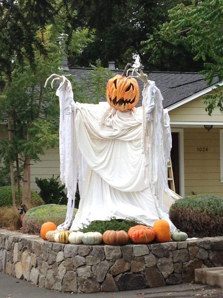 pumpkin ghost halloween decorating idea - Cheap Easy Halloween Decorations