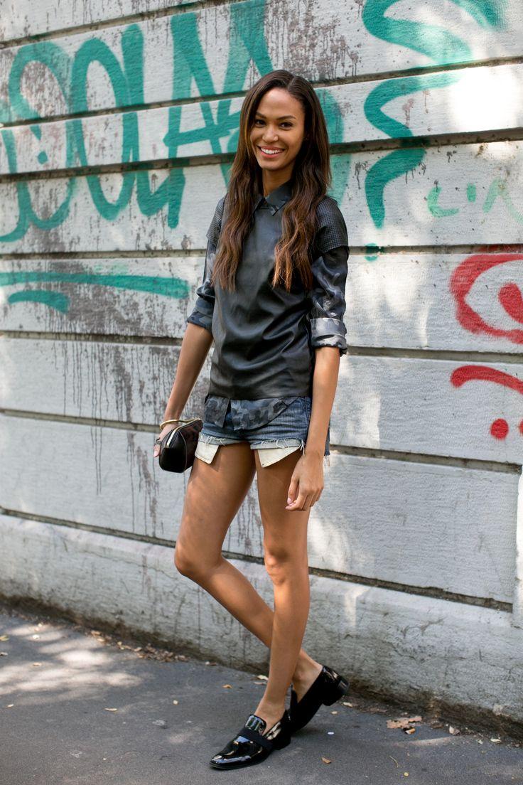 Street fashion - top modelki prywatnie: Joan Smalls, fot. Imaxtree