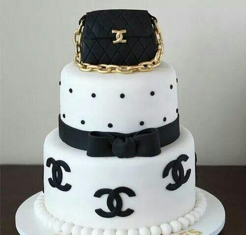 Chanel Cake Designs: Cake Chanel-CC Me