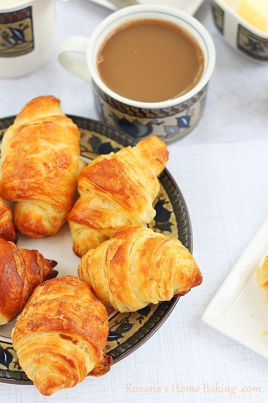 Homemade croissants (with step by step photos) from roxanashomebaking.com