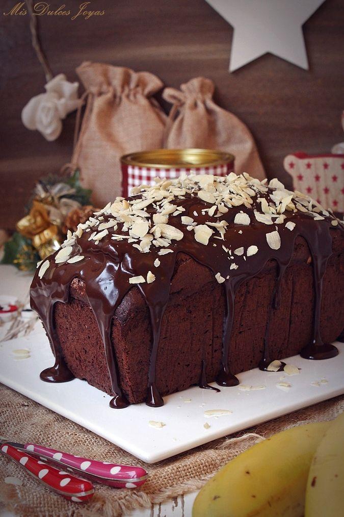 Chocolate Banana Almond Bread with Chocolate Glaze - Mis Dulces Joyas