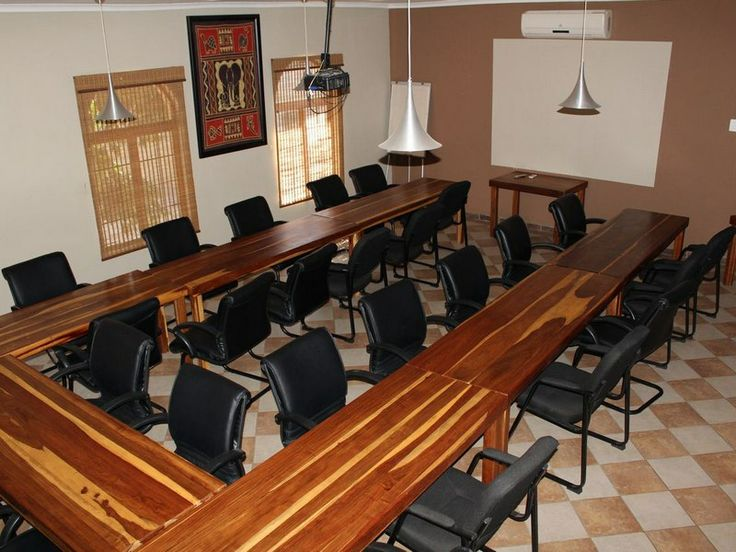 Madidinkwe Gest Villa OUR 25 SEATER CONFRENCE ROOM