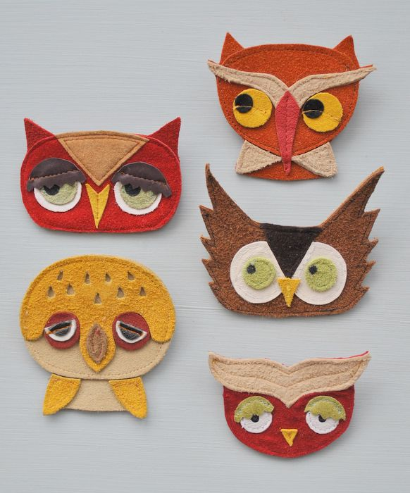 Owls!!!!!  Leather and suede brooches by Chiara Bianchi.